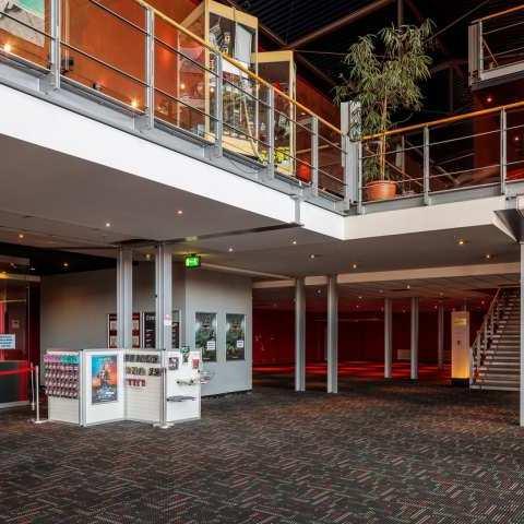 Cinestar Roter Turm